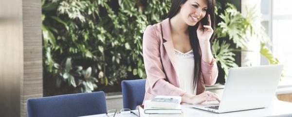 Как обустроить рабочий стол по фэншуй для привлечения денег и успеха