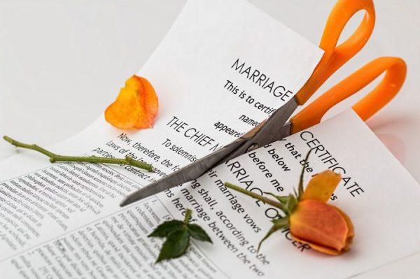 divorce-619195_1280_compressed