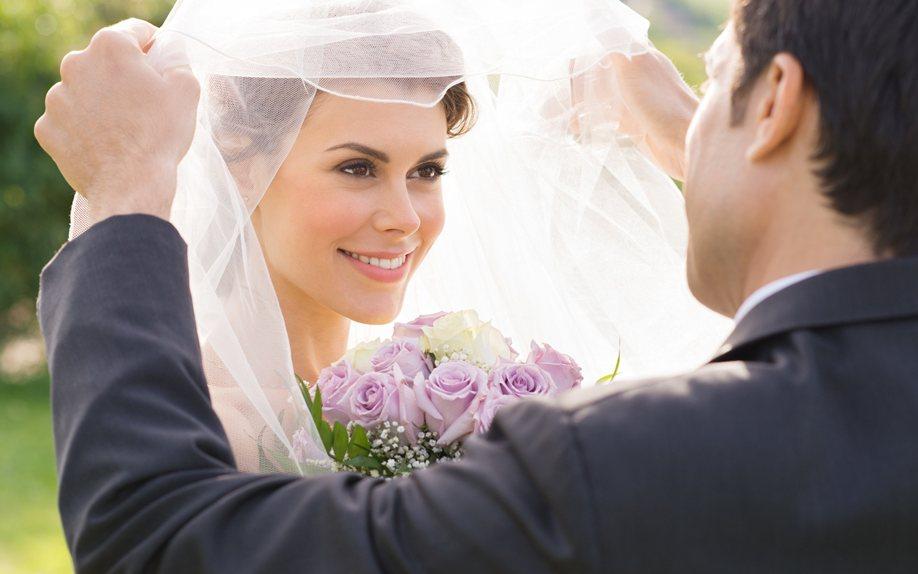 Картинки по запросу Три знака Зодиака, которые сыграют свадьбы в 2020 году