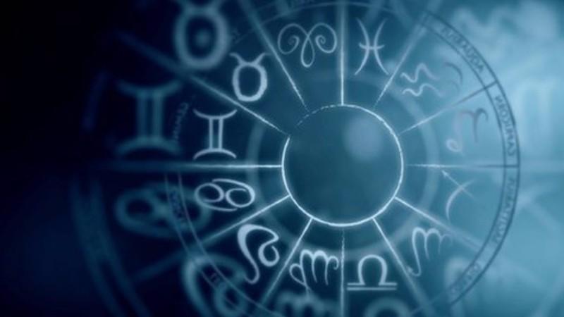 Картинки по запросу Гороскоп на январь 2019 года для всех знаков Зодиака
