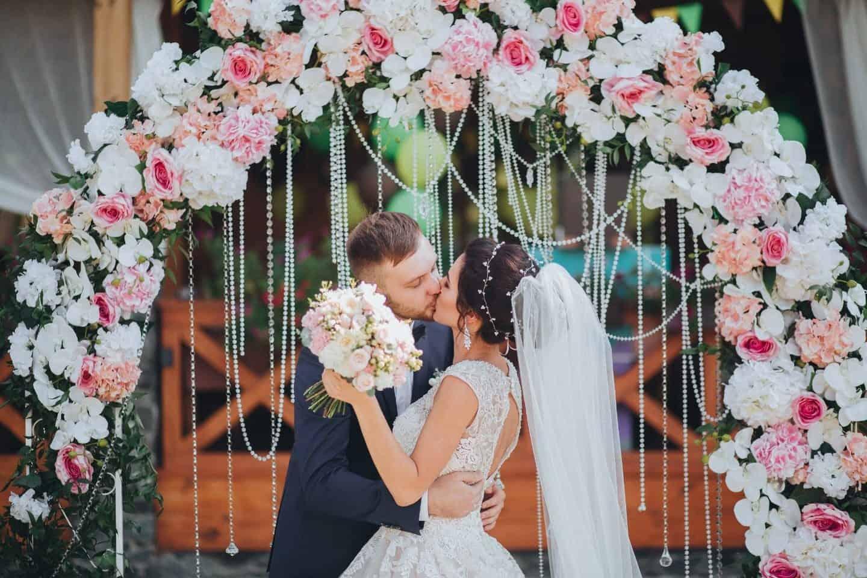 Благоприятные дни для свадьбы в марте