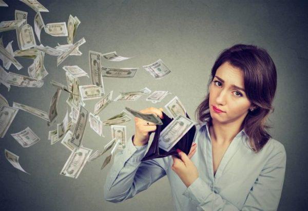 Знаки Зодиака, которые совсем не умеют копить деньги: они тратят ...