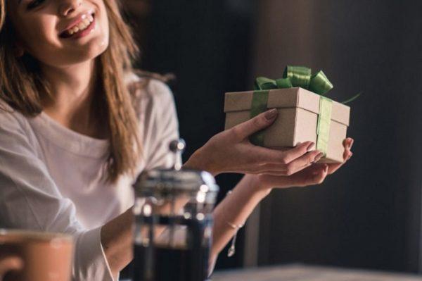 Какие подарки предпочитают женщины разных знаков зодиака » Мужской ...