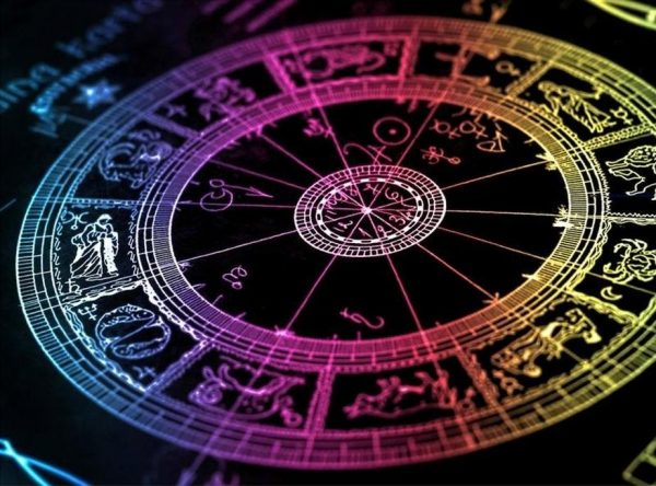 Эти три знака Зодиака встретят любовь в этом году