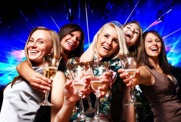 Какие знаки Зодиака не могут жить без алкоголя. Politeka