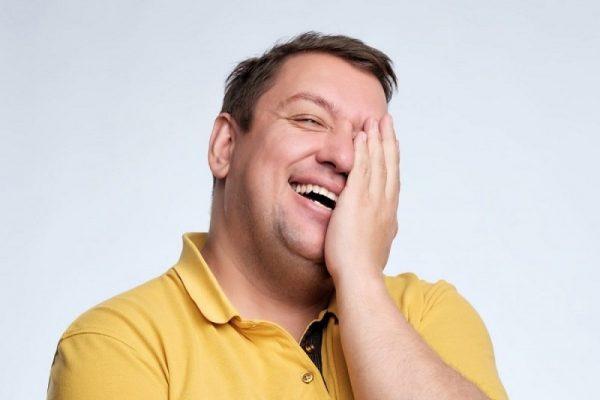 Знаки Зодиака с отличным чувством юмора, умеющие смеяться и над собой