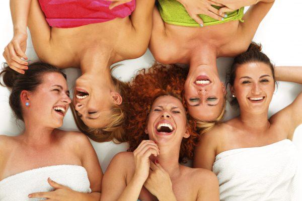 Цитаты и афоризмы про женщин (про красивых, смешные, прикольные, с юмором, про красоту и пр)