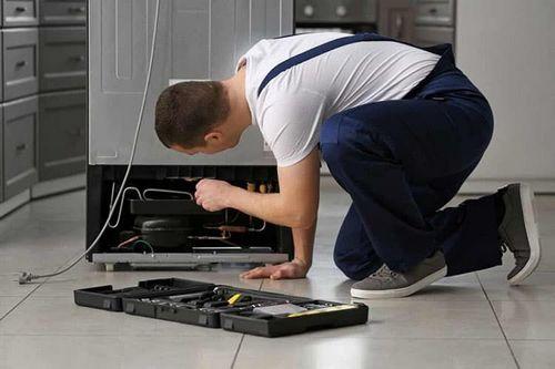 Преимущества ремонта холодильника на дому